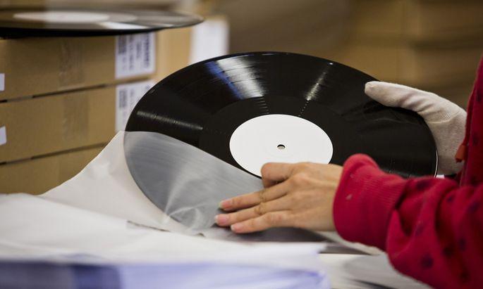 Sales Rise On Vinyl Records