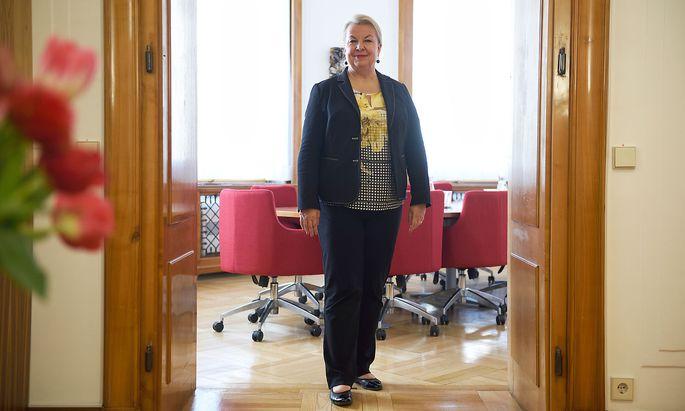 FPÖ-Sozialministerin Beate Hartinger-Klein hat das größte Ressort mit den meisten Reformen zu verantworten.