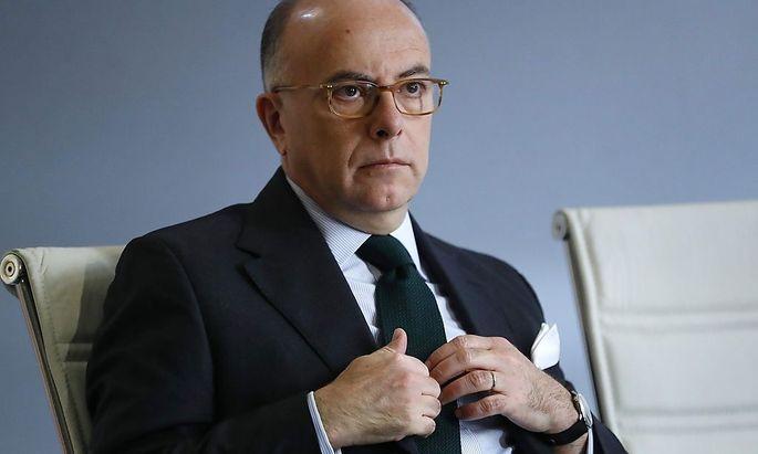 Frankreichs Innenminister Bernard Cazeneuve gab Verhaftungen bekannt.