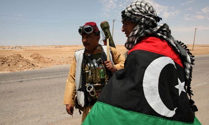 Misrata: Rebellen erobern Flughafen