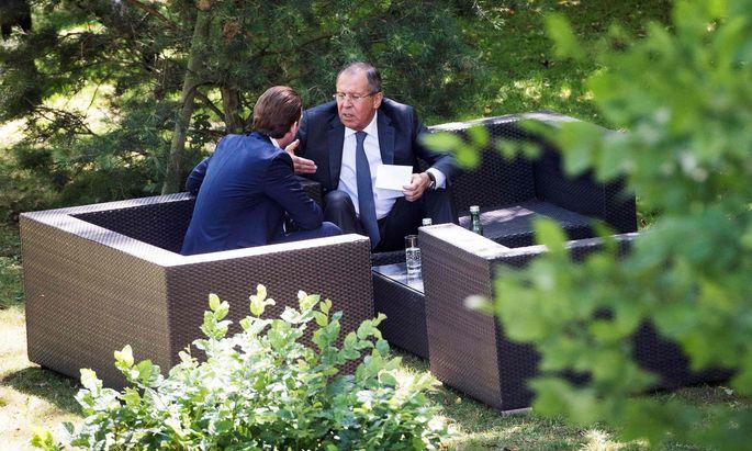 Kurz mit Russlands Außenminister Lawrow während Österreichs OSZE-Vorsitz 2017. Verhandelt wurde ein Personalpaket.