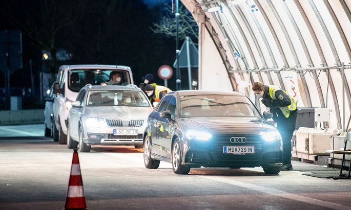 Grenzkontrollen zu Tirol