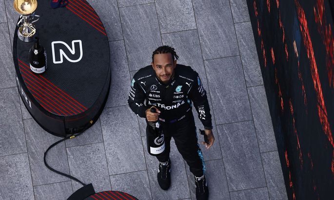 Lewis Hamilton genoss den Sotschi-Sieg in vollen Zügen.
