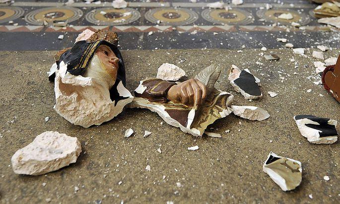 Eine zerstörte Statue im Stephansdom