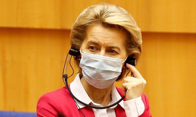 """Kommissionspräsidentin Ursula von der Leyen wünscht sich eine """"rasche und ehrgeizige Einigung auf das europäische Konjunkturpaket""""."""