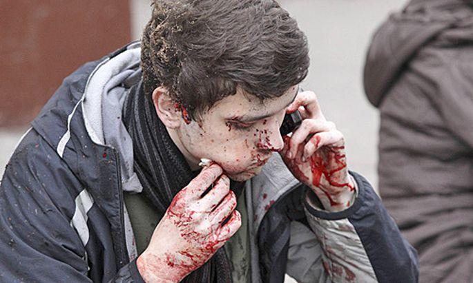 Terror Moskau Frauen zuenden