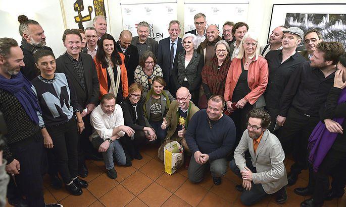 Personenkomitee für Bundespräsidentschaftskandidat und Ex- Grünen- Parteichef Alexander Van der Bellen
