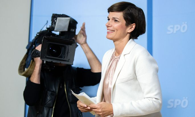 Pamela Rendi-Wagner formiert ihr Team.
