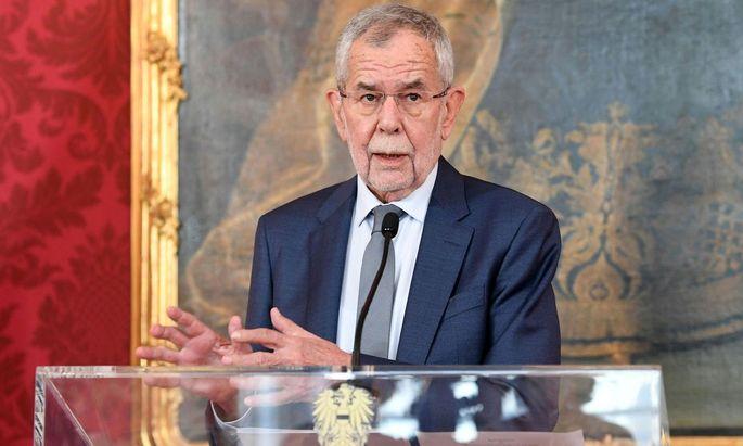 Bundespräsident Alexander Van der Bellen: zur Exekution gezwungen