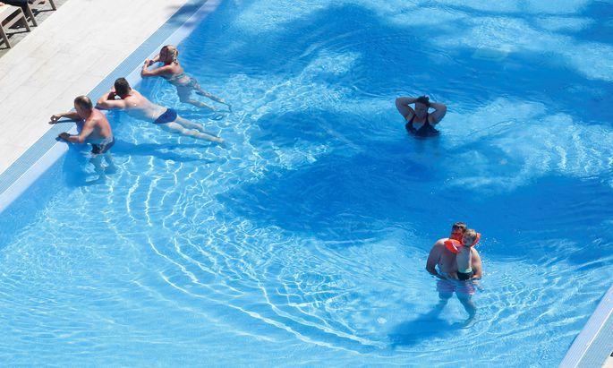 Pop-Up-Schwimmbecken bei Wiener Gürtel startet (Symbolbild)