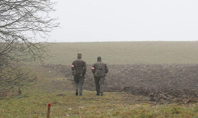 Soldaten des Österreichischen Bundesheeres bei einer Grenzpatrouille
