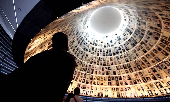 Symbolbild: Gedenken an Holocaust-Opfer