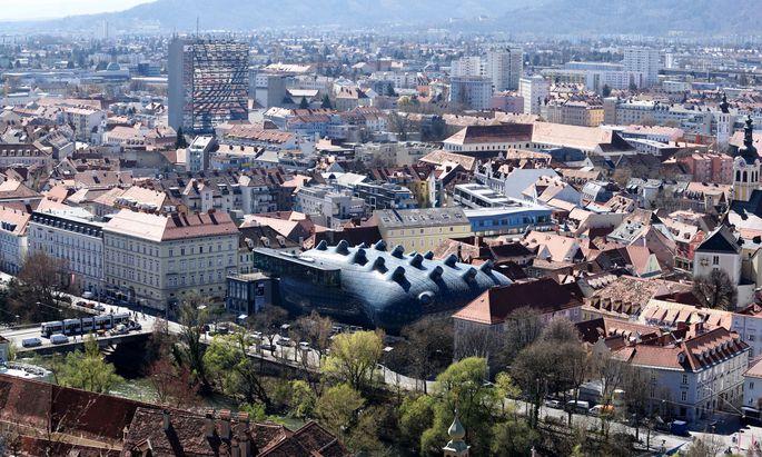 Die Fake-Fyler sind in der Grazer Innenstadt auf Autos verteilt worden