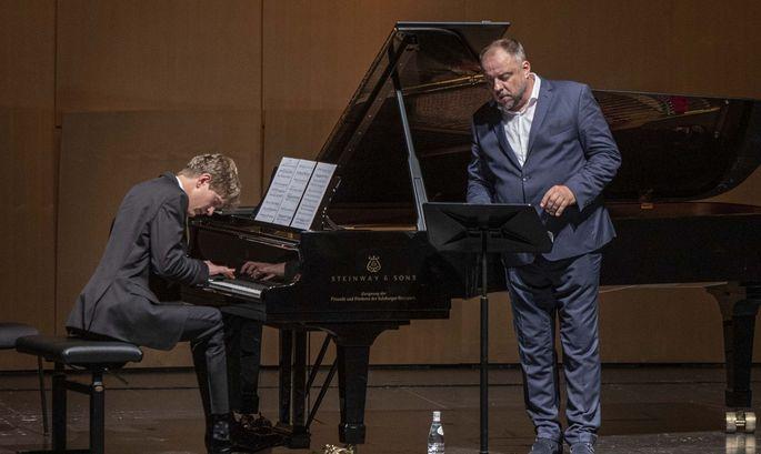 Bariton Matthias Goerne, Pianist Jan Lisiecki.