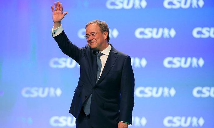 """CDU candidate for Eine Umfrage macht noch keinen Sommer. Aber: eine """"gute"""" Umfrage für Unions-Spitzenkandidat Armin Laschet ist besser als keine.Laschet attends CSU party meeting in Nuremberg"""