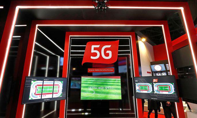 5G-Zeichen in Barcelona auf der Mobilfunkmesse