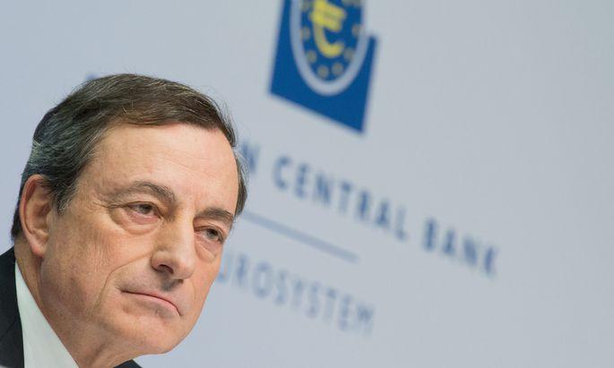 FILE GERMANY ECONOMY ECB DRAGHI