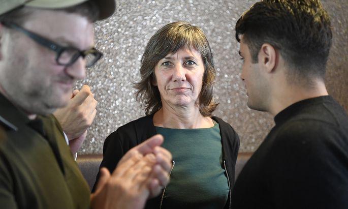 Birgit Hebein. Grünen-Chefin und Vizebürgermeisterin in Wien, betrachtet eine allfällige türkis-grüne Bundesregierung mit Skepsis, schließt sie aber auch nicht aus.