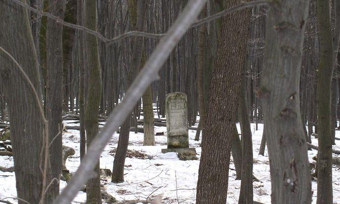 Gedenkstein auf dem Berg Fedor: Hier erschossen deutsche Soldaten und ukrainische Polizisten einen großen Teil der jüdischen Bevölkerung von Burczacz.