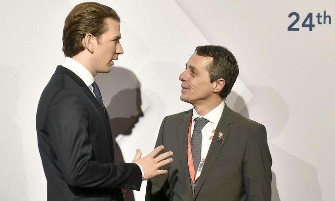 Sebastian Kurz und Ignazio Cassis beim OSZE Gipfel in Wien