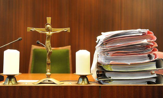 Flüchtlinge - Richtervereinigung: Rechtskräftigkeit abwarten