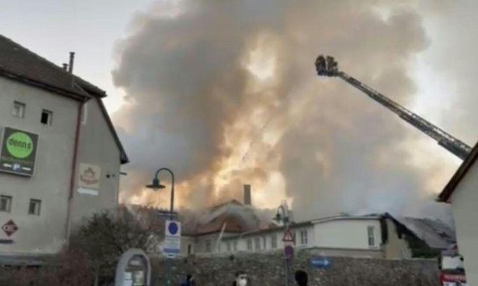 Brand in Perchtoldsdorfer Hotel
