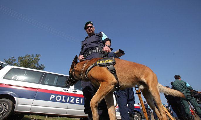 GREECE FRONTEX BORDERS POLICE