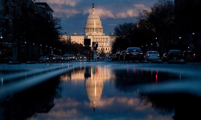 In Washington sind nun die Abgeordneten im Kongress am Wort.