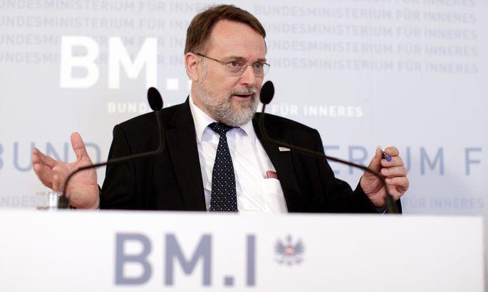 Robert Stein, Chef der Wahlabteilung des Innenministeriums.
