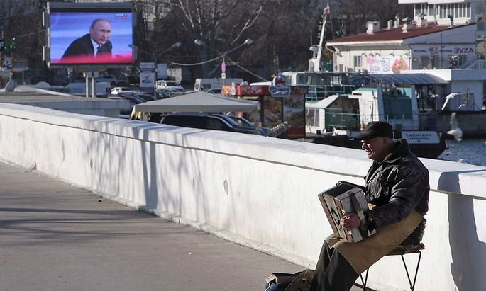 Sewastopol: Straßenszene mit Präsident