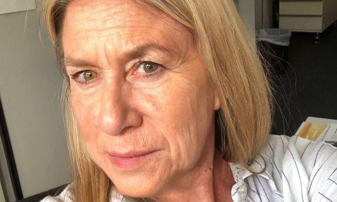 Face App lässt einen ganz schön alt aussehen. Die Redakteurin auf dem Bild ist 34 Jahre alt.