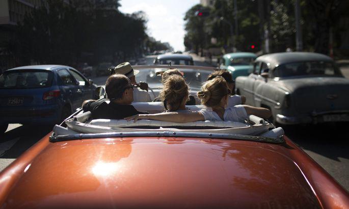 Eine Fahrt durch Havanna, die Hauptstadt Kubas