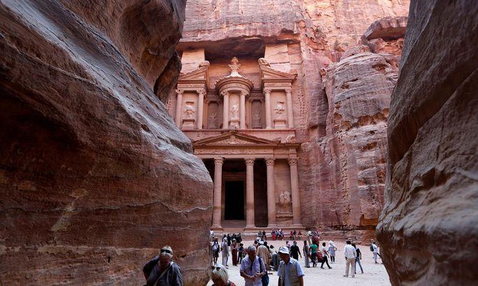 Touristen mussten aus der Felsenstadt Petra evakuiert werden.