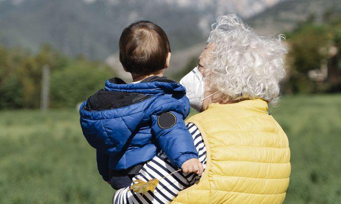 Großeltern beschäftigt, dass sie den Enkelkindern fremd werden könnten.
