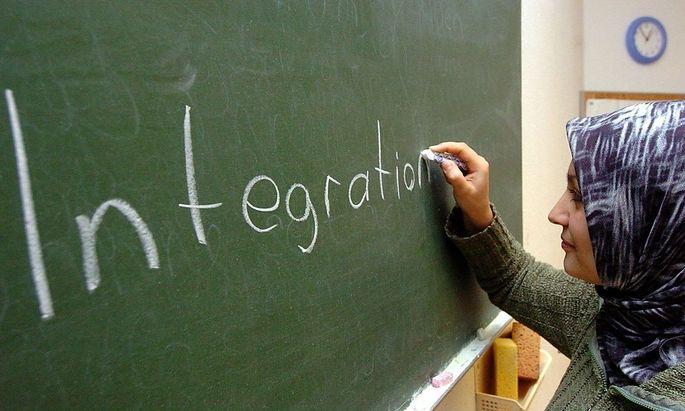 Eine bessere Integration von Ausländern auf dem Arbeitsmarkt nützt der Staatskasse.