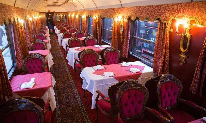 Einer der Waggons, mit denen B&B Bluetrain etwa nach Gmunden oder nach Venedig fährt.