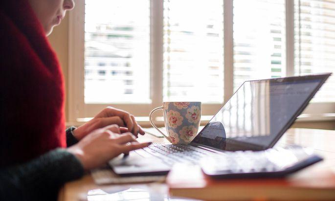 Eine rasche und nicht sorgfältig geplante Umsetzung von Home-Office kann zu nicht unerheblichen rechtlichen Risken führen (Symbolbild).