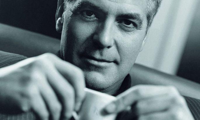 Wollten Sie schon immer einen Nespresso mit George Clooney trinken?