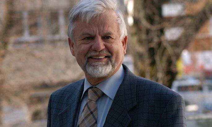 Dialekt-Experte Hans Moser.