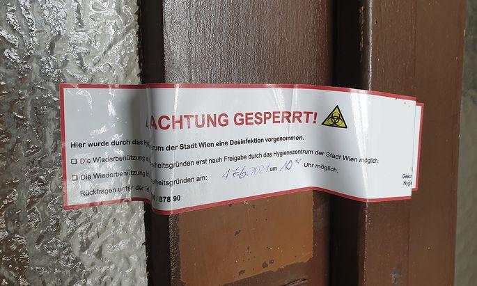 Das Hygienezentrum der Stadt Wien hat in einer Wohnung in Brigittenau eine behördlich angeordnete Desinfektion durchgeführt - und dieses Foto zur Verfügung gestellt.