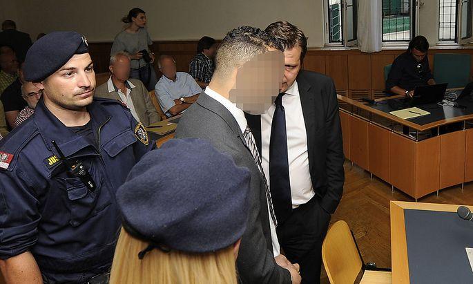 Der Angeklagte am Donnerstag vor Gericht