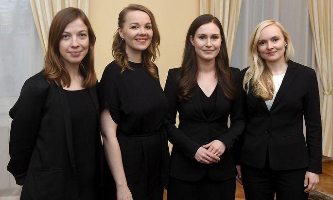 Vier der Parteichefinnen: Ministerpräsidentin ist nun Sanna Marin (2.v.re.) von den Sozialdemokraten - im Bild mit Li Andersson (li.), Katri Kulmuni und Maria Ohisalo (re.).