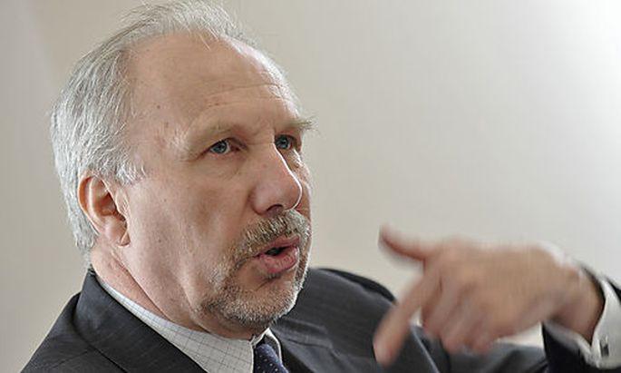 OENB-CHEF EWALD NOWOTNY IM KLUB DER WIRTSCHAFTSPUBLIZISTEN