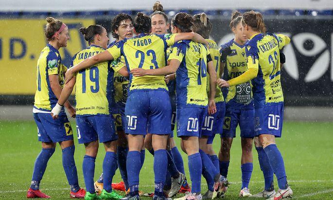 WOMEN SOCCER - UEFA CL, St.Poelten vs CSKA
