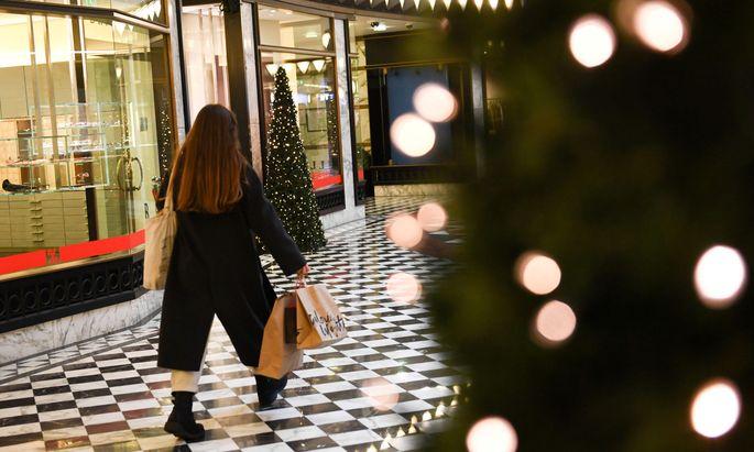 Die Verbraucher stützten den stotternden Konjunkturmotor.