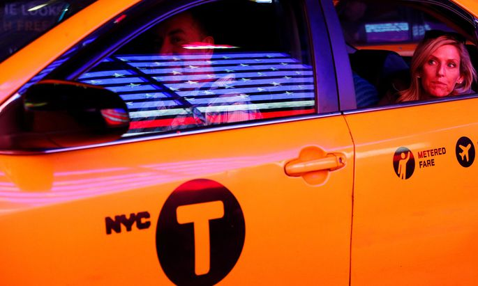 New Yorker Taxifahrer: 1970 hatte genau ein Prozent von ihnen einen College-Abschluss - 2013 waren es 15 Prozent.
