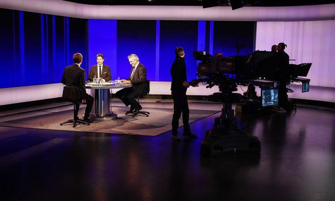 Sebastian Kurz war in der ORF-Pressestunde zu Gast und stellte sich den Fragen von Hans Bürger (l.) und Hubert Patterer.