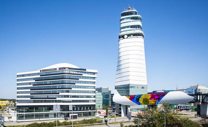 Der neu eröfnete Office Park 4 neben dem Flughafen-Tower.