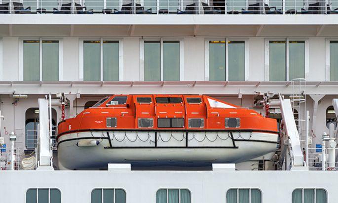 Im Fokus. Eine Reisebranche unter kritischer Beobachtung: Der Kreuzfahrtboom wird für