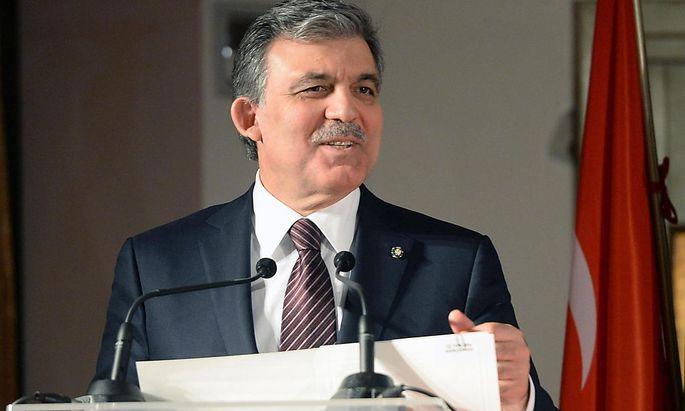 Der türkische Präsident Abdullah Gül will das Zensurgesetz noch überarbeiten lassen.